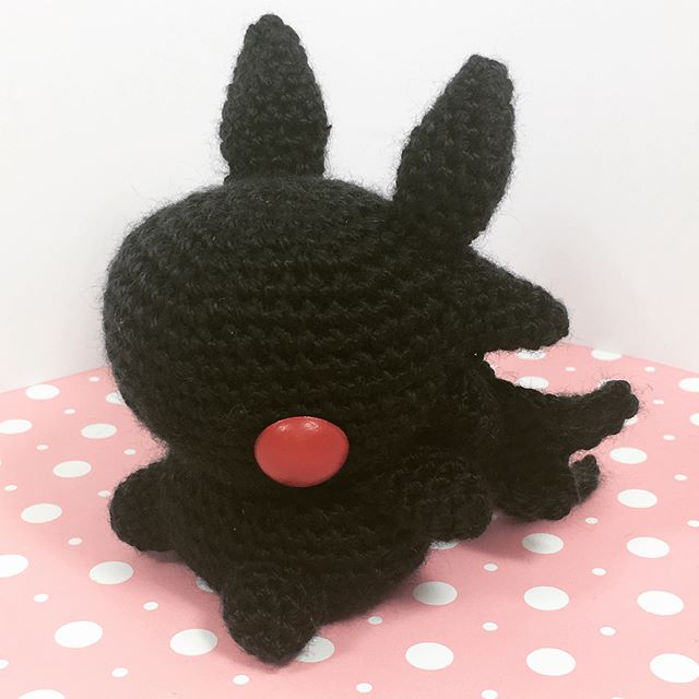 My attempt at toothless from how to train your dragon.  I know he has yellow hair yes, but I'm lazy and I already had the red eyes ready.  #amigurumi #crochet #craft #yarn #handcrafted #handmade #toothless #howtotrainyourdragon #kawaii #cute #diy